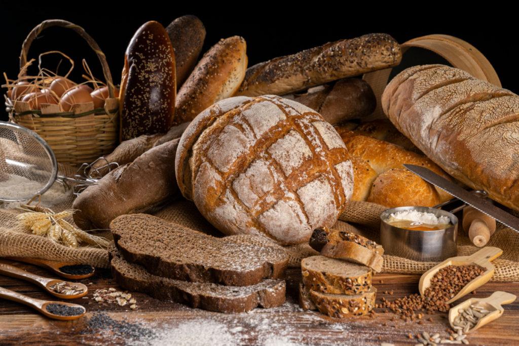 Pain de campagne, baguettes et farine